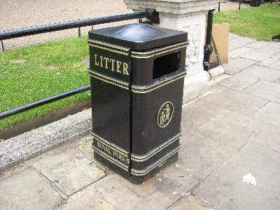 ROYAL LITTER TRASH BOX