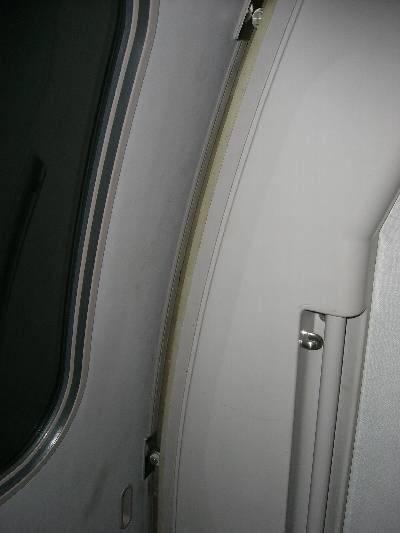 500 系新幹線ドア