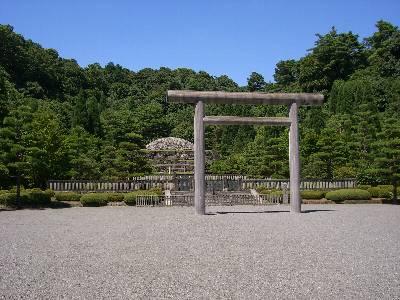 昭和天皇陵