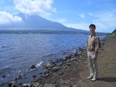 富士山と山中湖と奥村