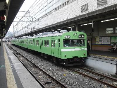 JR 奈良線 103 系電車