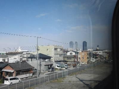 近鉄車窓から見る名駅高層ビル群