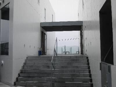 bills 七里ヶ浜入口 (左右にある)