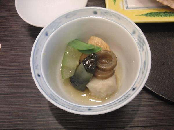 煮物 (鰻飛龍頭 - 冬瓜、里芋、小茄子、輪牛蒡、絹さや)