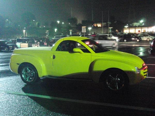 高坂 S.A. で見かけたイカした車