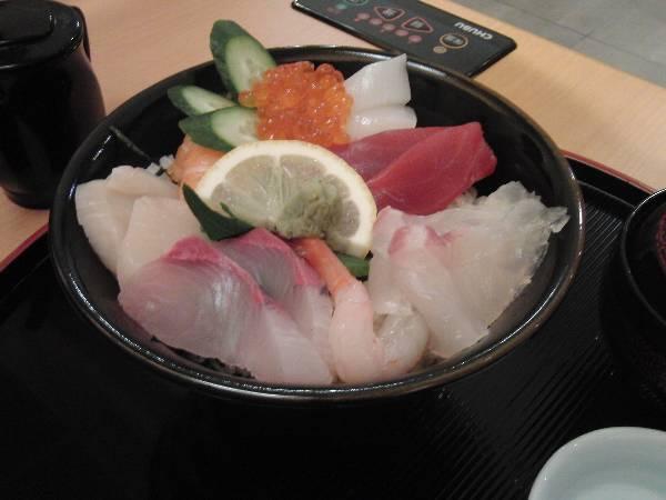 海鮮丼 1,890 円
