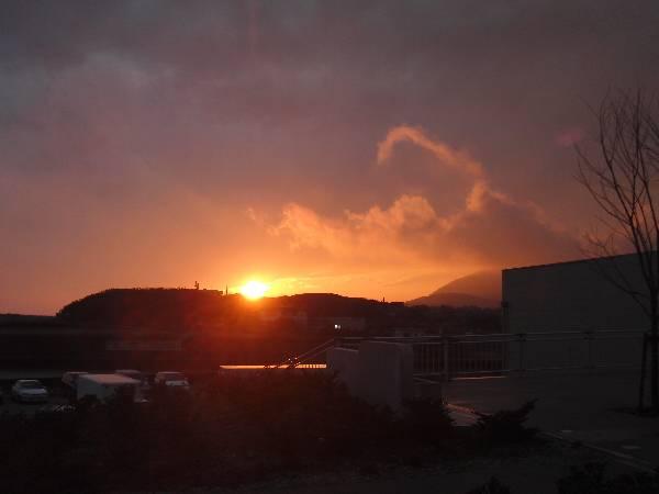 あかばねロコステーションから見る日没
