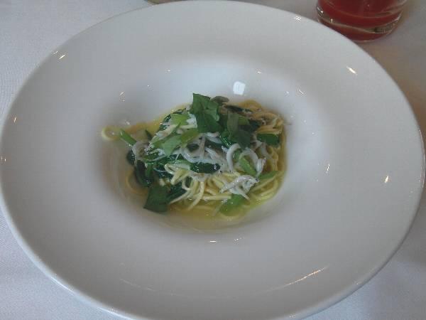 江ノ島産しらすと菜の花のタリオリーニ