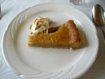 Peach & Almond Tart / Double Cream