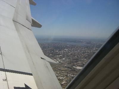離陸した飛行機から見た Perth の街