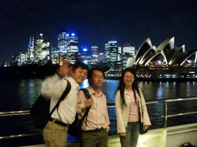 シドニー組 2 人とマスザワさん