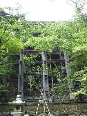 清水の舞台を支える木組み
