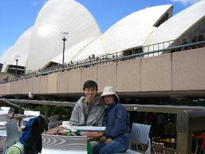 オペラハウス横のカフェ